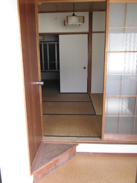 三方原グリーンハイツB B-3号室の玄関
