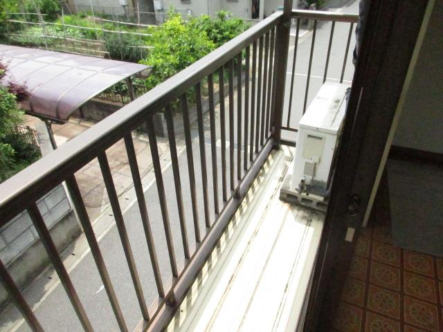 今井アパート 202号室のバルコニー
