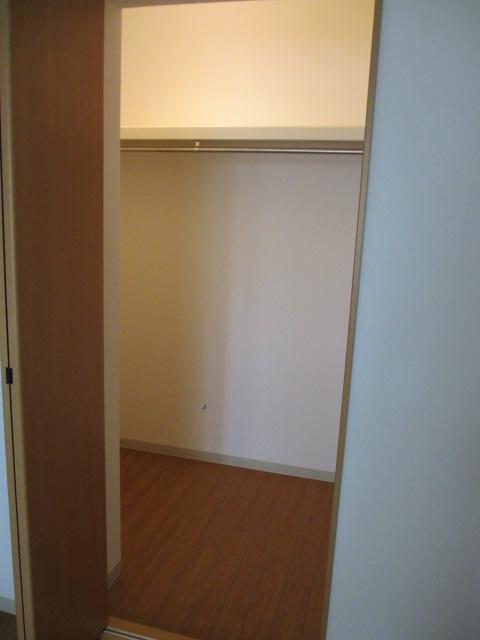 サンシャインユタカⅡ 103号室の収納