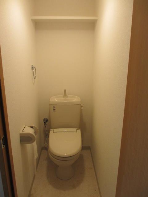 サンシャインユタカⅡ 103号室のトイレ