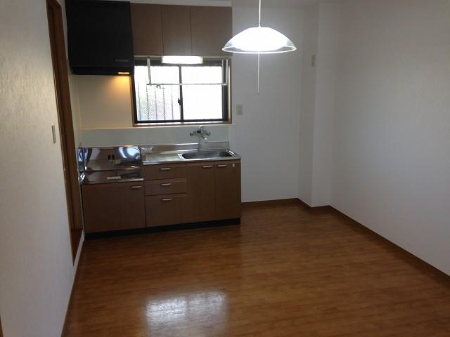 グランドールⅢ 103号室のキッチン