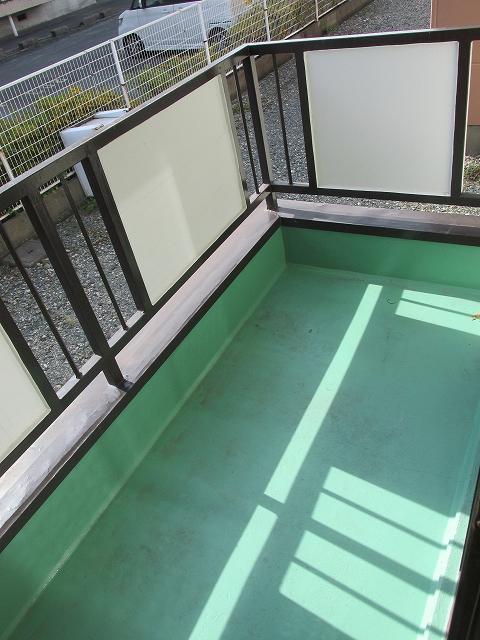 サンハイツ九丁歩Ⅱ 103号室のバルコニー