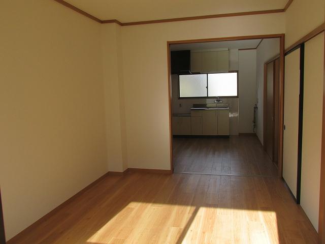 サンハイツ九丁歩Ⅱ 103号室のリビング