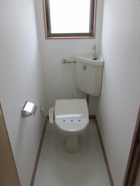 サンハイツ九丁歩Ⅱ 103号室のトイレ