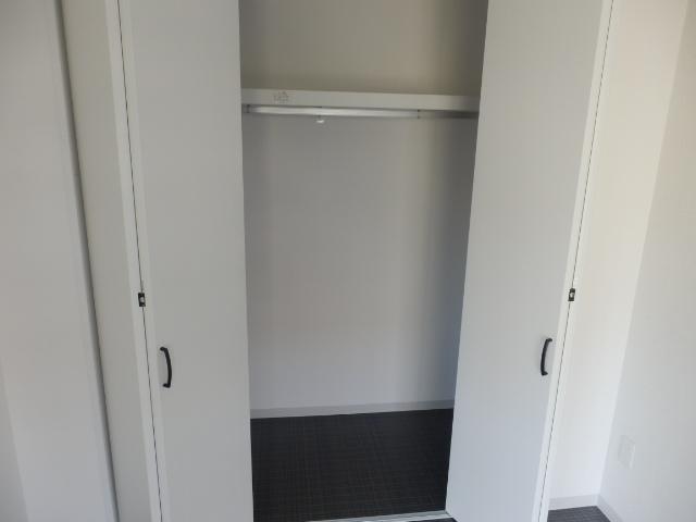第一我心ケ丘マンション 202号室の収納