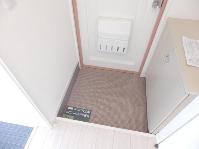 第一我心ケ丘マンション 202号室の玄関