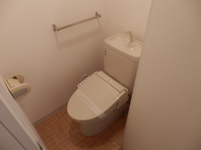第一我心ケ丘マンション 202号室のトイレ