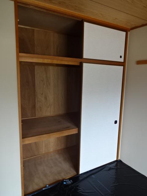 グランドール領家 402号室の収納