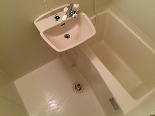 レオパレスⅠBA 201号室の風呂