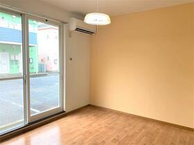 グリーンハイツ 2番館 102号室のバルコニー