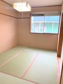 グリーンハイツ 2番館 102号室の居室