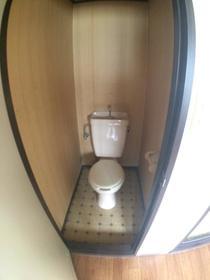 掛川アパート 103号室のトイレ