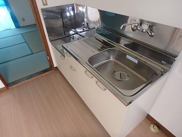 グリーンベルⅠ 27号室のキッチン