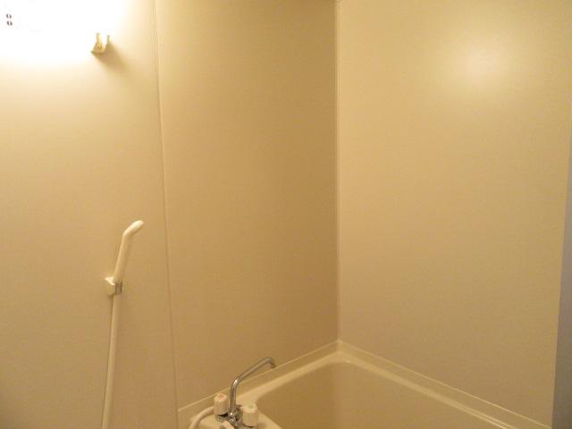 カウベルⅠ 103号室の風呂