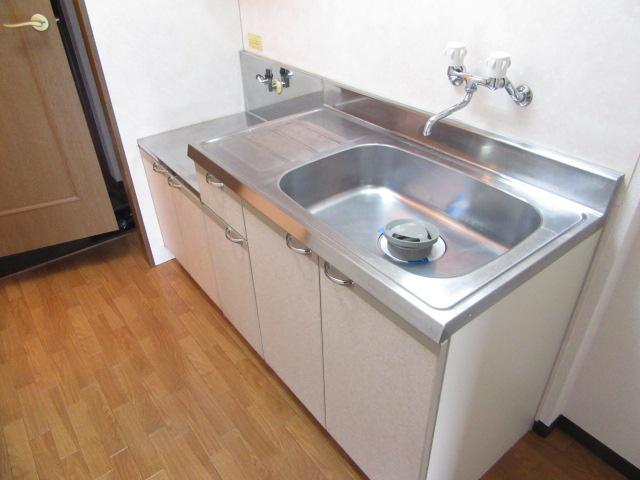 カウベルⅠ 103号室のキッチン