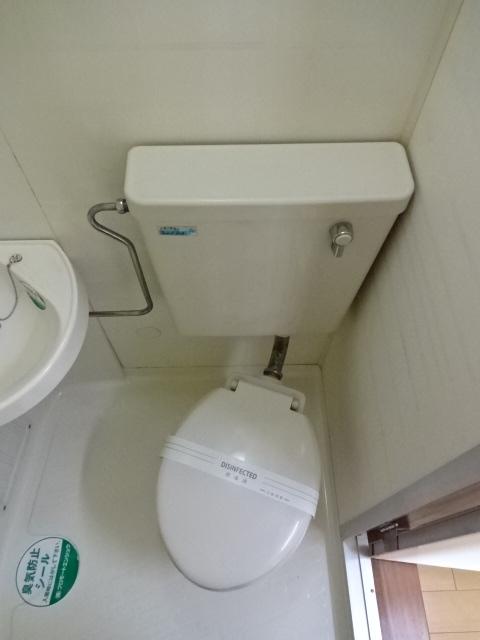 MakanaⅡ 202号室のトイレ