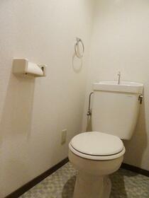サンハウス1・2 A号室のトイレ