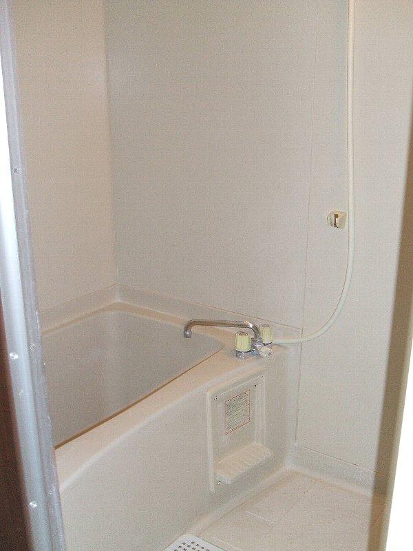 ジュネスコーポ 106号室の風呂