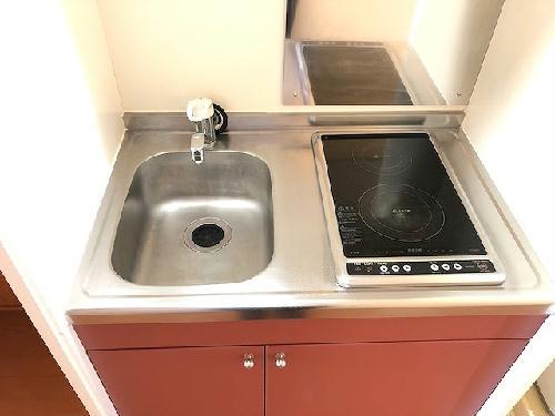 レオパレスエイティーン 101号室のキッチン