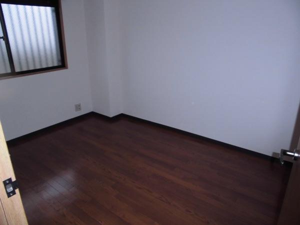 メモリータイム 303号室のベッドルーム