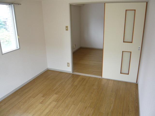 ドミールばんの 303号室の居室