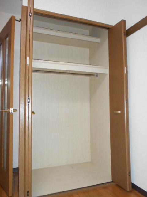 オーシャンブルー 102号室の収納