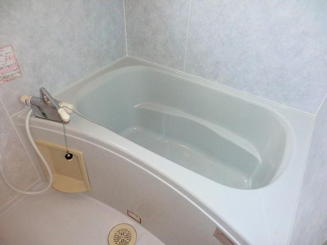 ラ・プラージュ 102号室の風呂