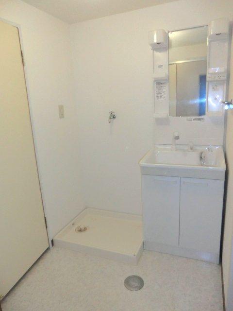 コンフォール 203号室の洗面所