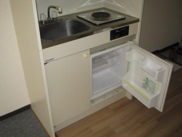 レジデンス天白 2D号室のキッチン