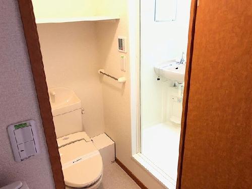 レオパレスエイティーン 102号室のトイレ