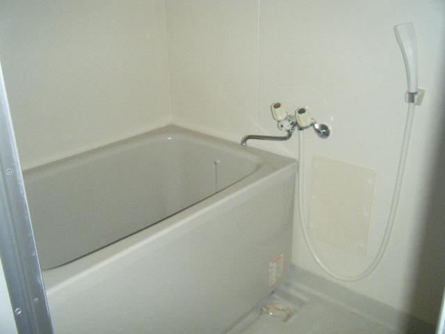 ラメゾンエスポワールⅡ 202号室の風呂