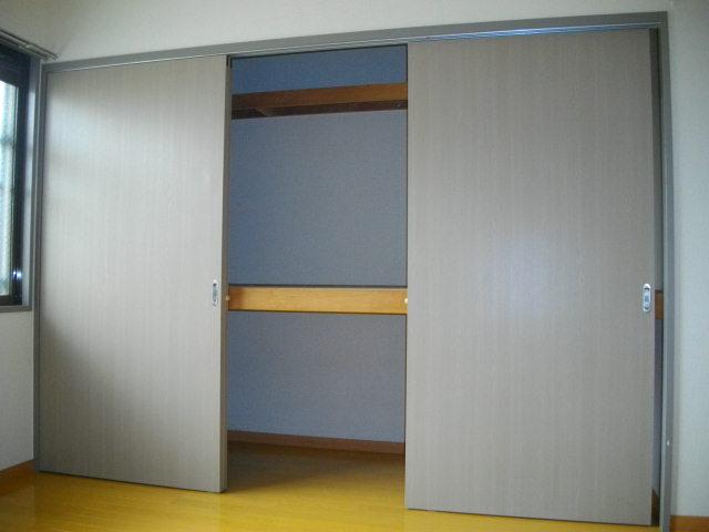 アビタシオンⅡ 102号室の収納