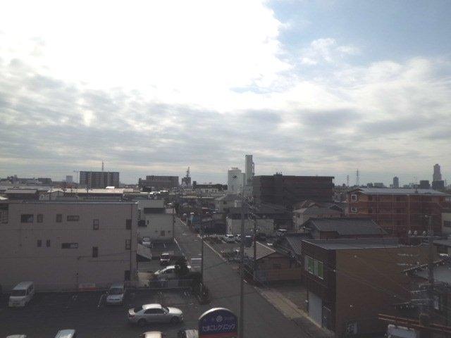 カモミールガーデン 506号室の景色