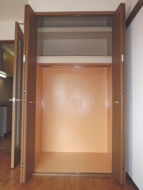 カモミールガーデン 506号室の収納