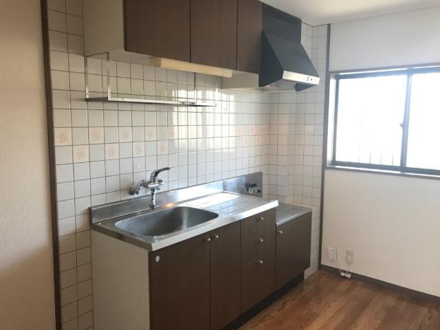 マルトヒルズ 202号室のキッチン