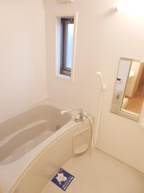 リヴェールあけぼの 201号室の風呂