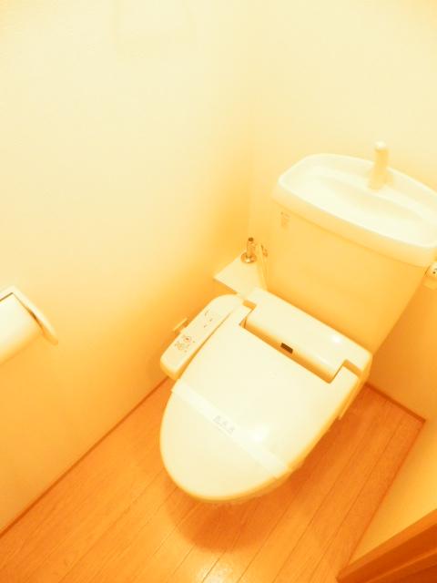 リヴェールあけぼの 201号室の洗面所