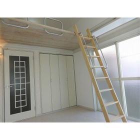 パレス大江 105号室の居室