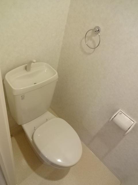 SUNCITY浜松駅南 202号室のトイレ