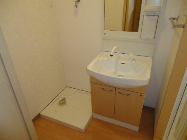ヴァンベール 102号室の洗面所