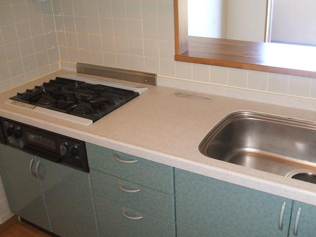 フェリス南平 404号室のキッチン