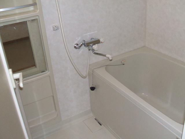 フェリス南平 404号室の風呂