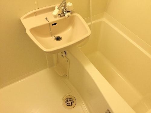 レオパレスあめやⅢ 101号室の風呂