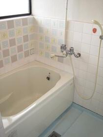 コーポ内山A棟 205号室の風呂