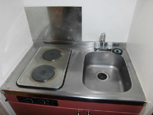 レオパレス藤 201号室のキッチン