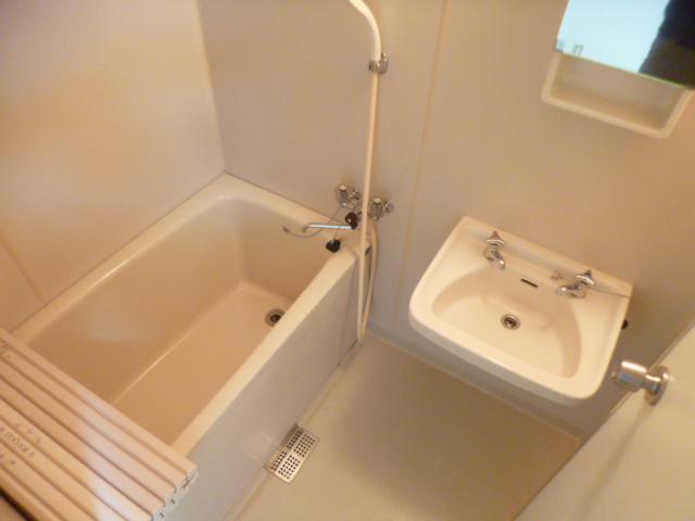 コーポ城北 106号室の風呂