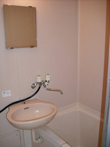 三好ヶ丘ハイツ 2-G号室の洗面所