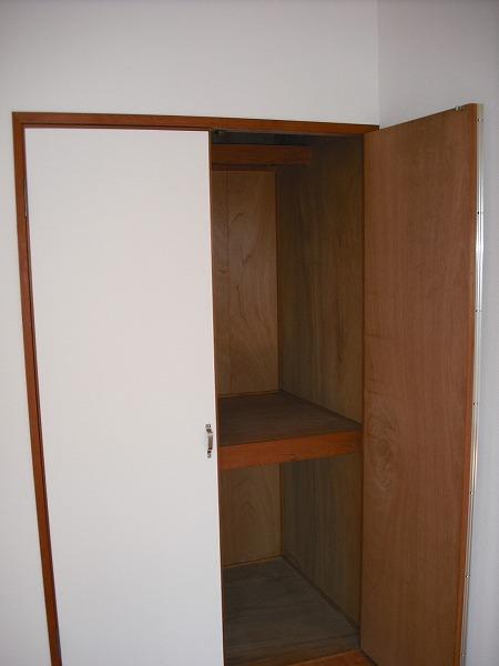三好ヶ丘ハイツ 2-G号室の収納