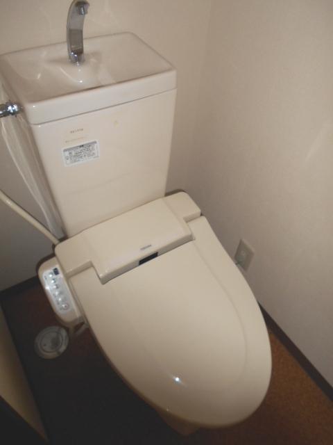 エピセア 105号室のトイレ