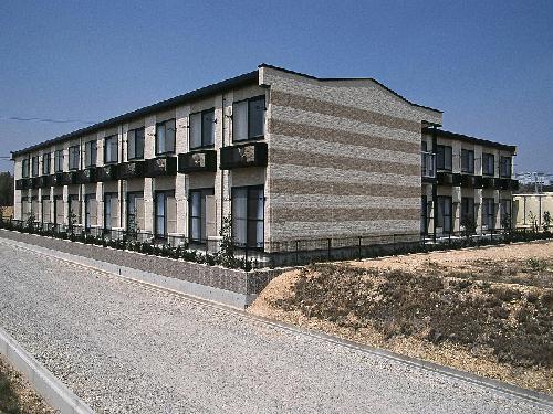 レオパレスKAZU 214号室の外観